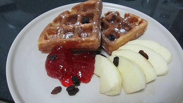 早餐類九號--蘋果鬆餅佐草莓醬.jpg