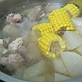 熱湯類二號--玉米菜頭排骨湯.jpg