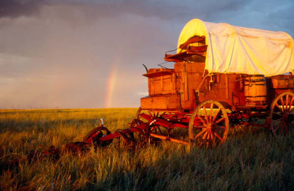 Wagon Train, eastern Montana.jpg