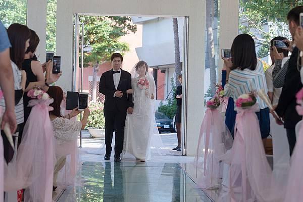 結婚-進場