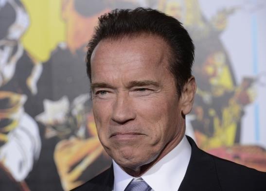 Arnold Schwarzenegger (4)