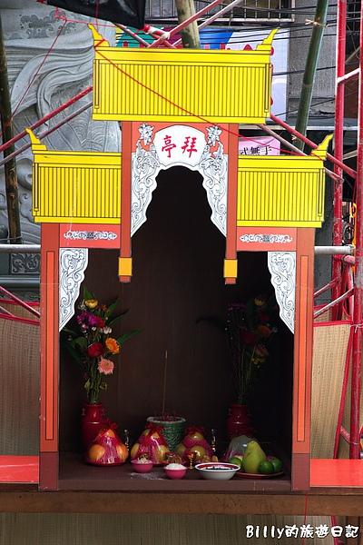 2010基隆中元祭豎燈篙003.jpg