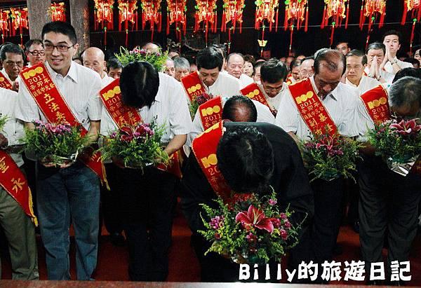 2011基隆中元祭-老大公廟起燈腳025.JPG