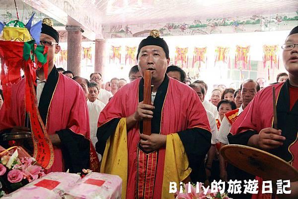 2011基隆中元祭-老大公廟開龕門015.JPG
