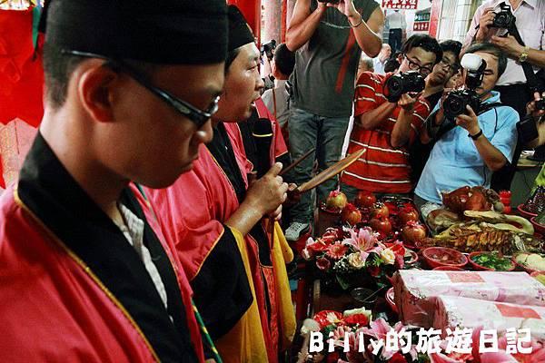 2011基隆中元祭-老大公廟開龕門021.JPG