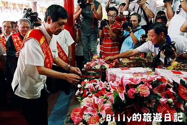 2011基隆中元祭-老大公廟開龕門026.JPG