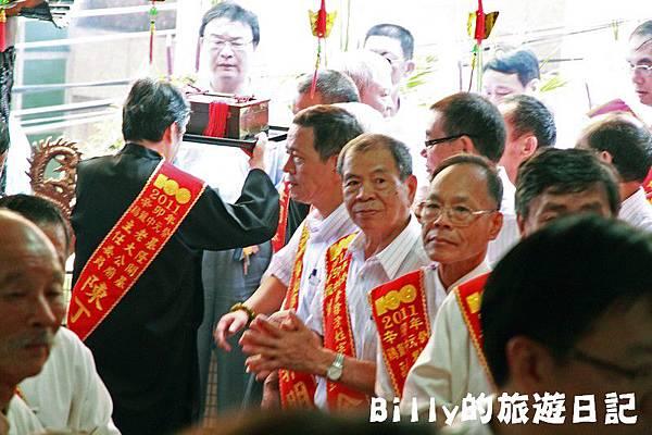 2011基隆中元祭-老大公廟開龕門044.JPG