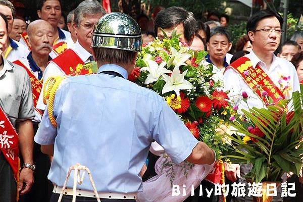 2011基隆中元祭-異國靈情法國公墓祭祀070.JPG