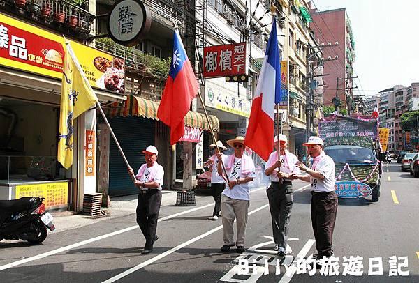 2011基隆中元祭-異國靈情法國公墓祭祀014.JPG