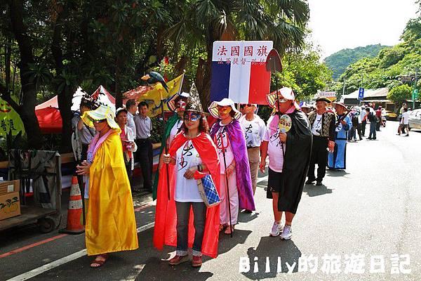 2011基隆中元祭-異國靈情法國公墓祭祀032.JPG