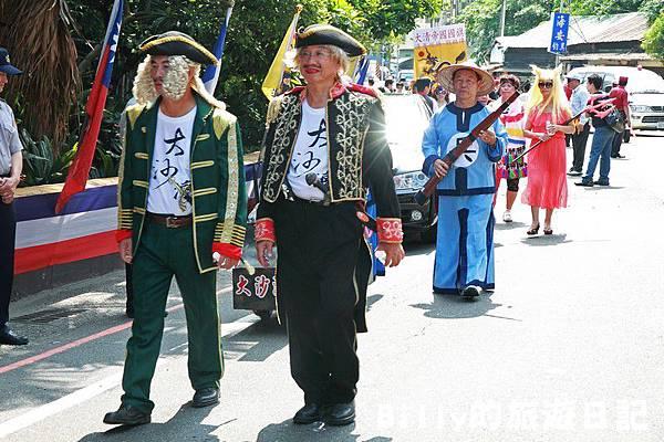 2011基隆中元祭-異國靈情法國公墓祭祀033.JPG