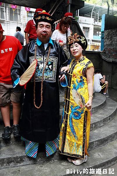 2011基隆中元祭-異國靈情法國公墓祭祀040.JPG