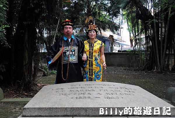 2011基隆中元祭-異國靈情法國公墓祭祀041.JPG