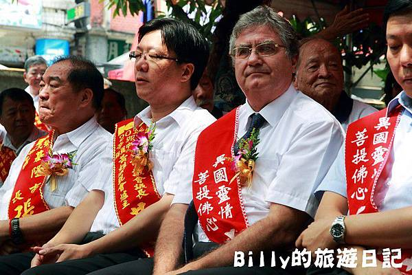 2011基隆中元祭-異國靈情法國公墓祭祀061.JPG