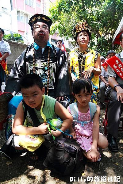 2011基隆中元祭-異國靈情法國公墓祭祀075.JPG