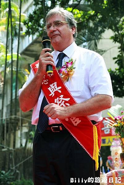 2011基隆中元祭-異國靈情法國公墓祭祀080.JPG