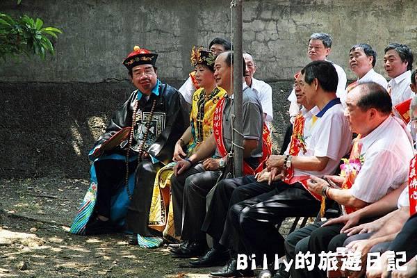 2011基隆中元祭-異國靈情法國公墓祭祀085.JPG