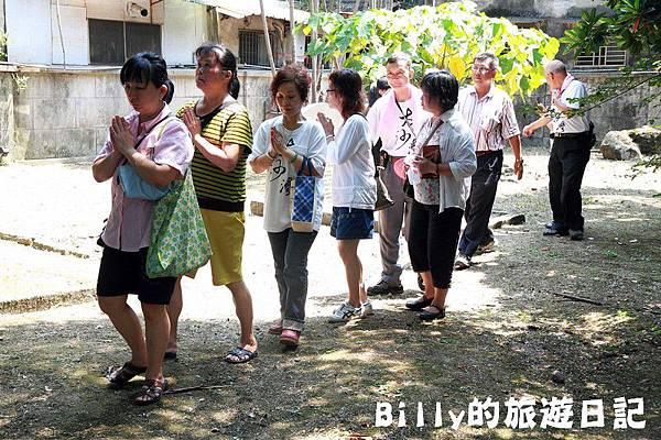 2011基隆中元祭-異國靈情法國公墓祭祀100.JPG