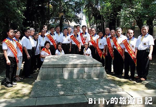 2011基隆中元祭-異國靈情法國公墓祭祀112.JPG