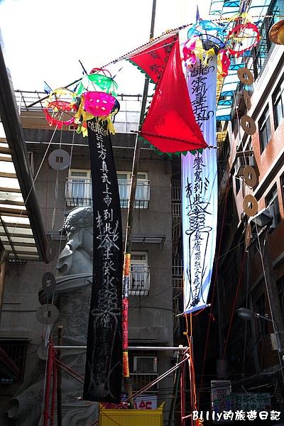 2010基隆中元祭豎燈篙004.jpg