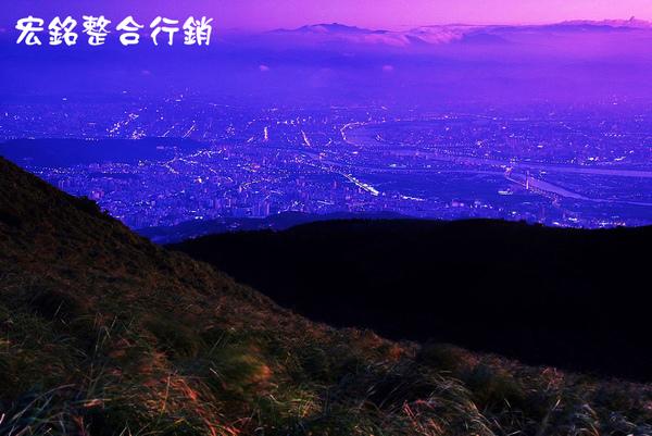 佳作-胡彩鳳-華燈初上(N0.260)OK.jpg