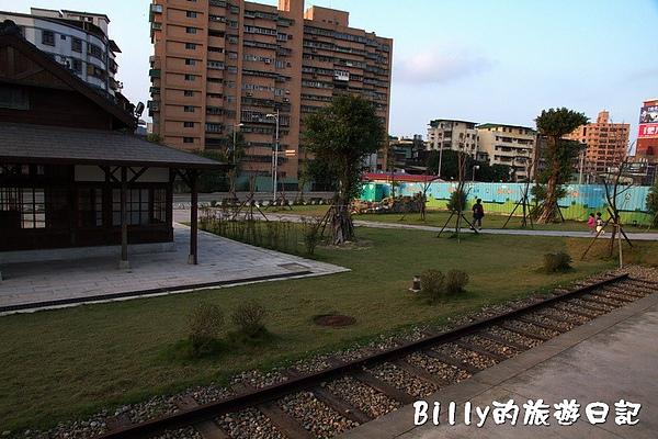 七堵鐵道公園12.jpg