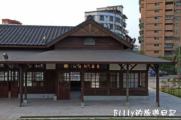 七堵鐵道公園13.jpg