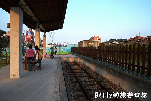 七堵鐵道公園09.jpg