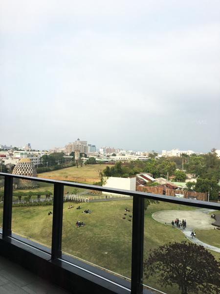 對面公園.JPG