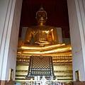 維邯帕蒙空博碧內的大青銅佛像