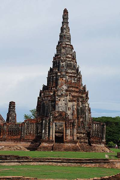 尖筍形式的泰國風佛塔