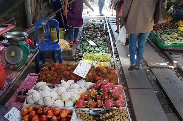販賣水果的攤位