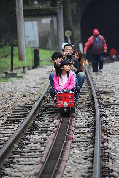 懷舊小火車奔馳