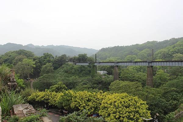 魚藤坪鐵橋