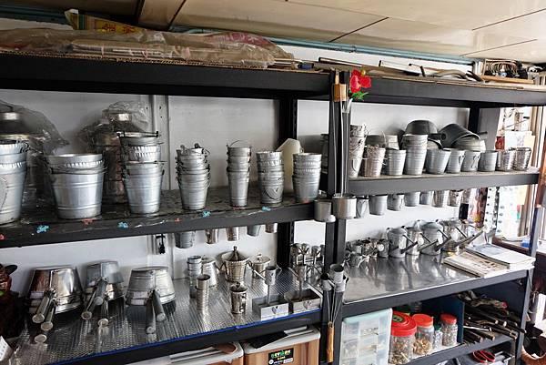 建成鉛桶店