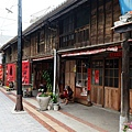 菁寮嫁妝老街上的木造街屋