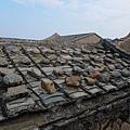 壓瓦石屋頂