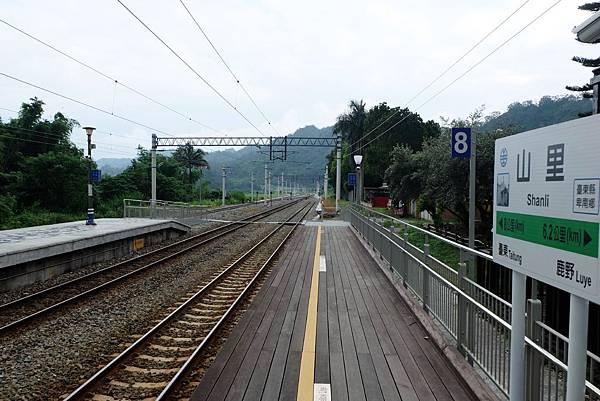 山里車站往南
