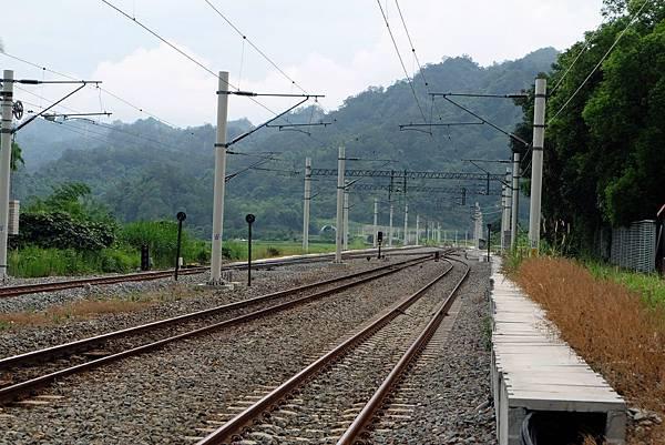 山里車站鐵路電氣化