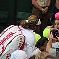 Serena Williams賽後簽名