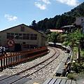 阿里山林鐵轉入奮起湖車站