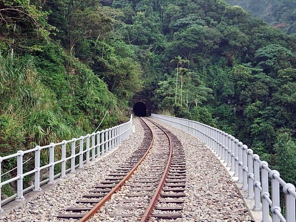 樟腦寮鐵橋