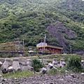 荒山中的中央號誌站