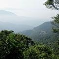 獨立山步道眺望風景,山下有樟腦寮