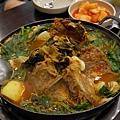 濟州島美食「朝宗里燉豬骨湯」