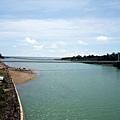 橫跨港口溪海口的港口茶山吊橋