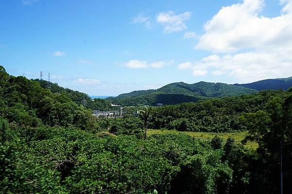 古莊車站附近山景,遠方可稍微窺見藍色太平洋