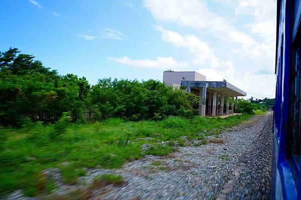 金侖與太麻里之間的香蘭車站(枋寮起里程69.8km),已廢站