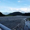 卓樂橋上拉庫拉庫溪風景