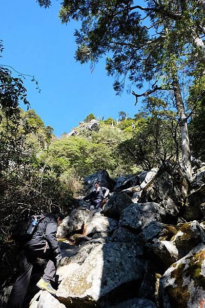 石瀑坡度陡峭異常